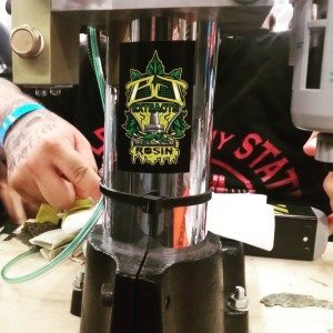 Whoosh whoosh goes the rosin machine hempcon bjextracts